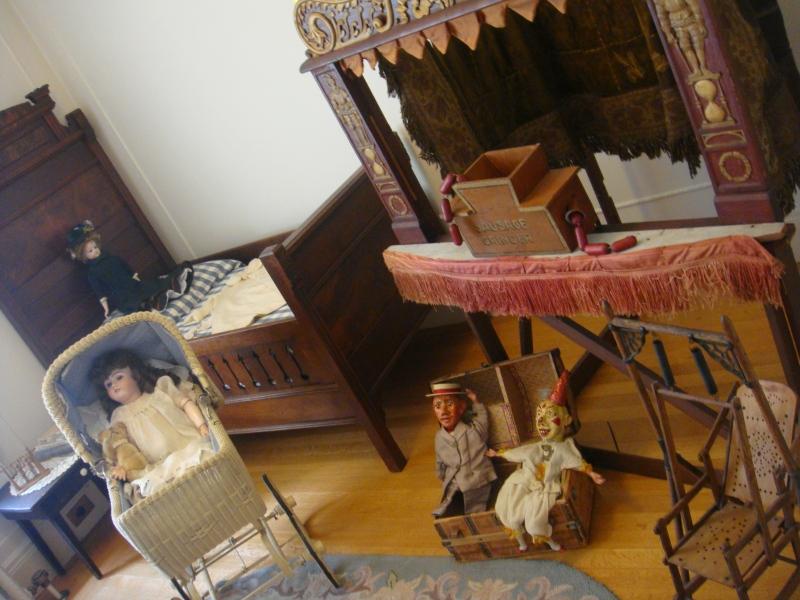Creepy kids room at Pittock Mansion