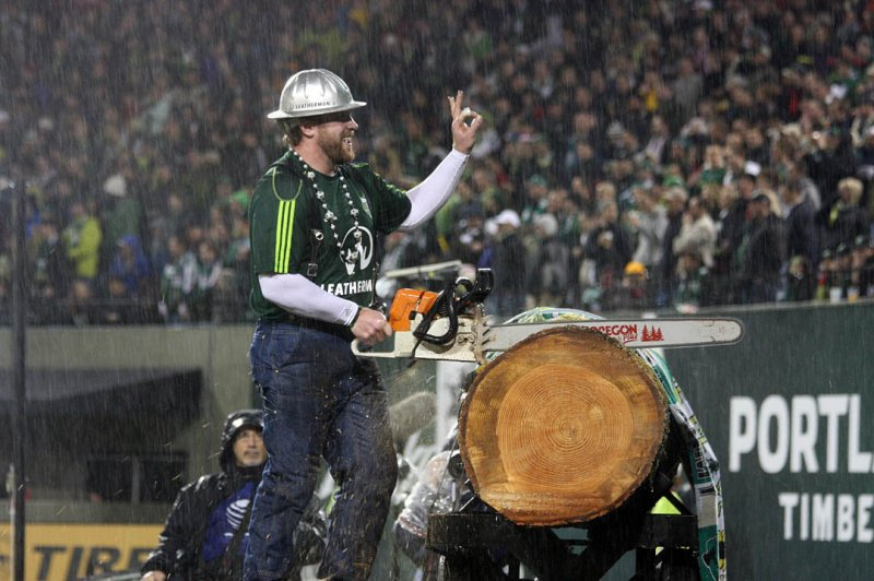 Timber Joey at a rainy game