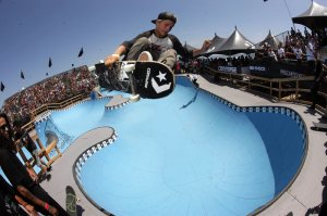 Retro pool skate bowl at Converse Coastal Carnage