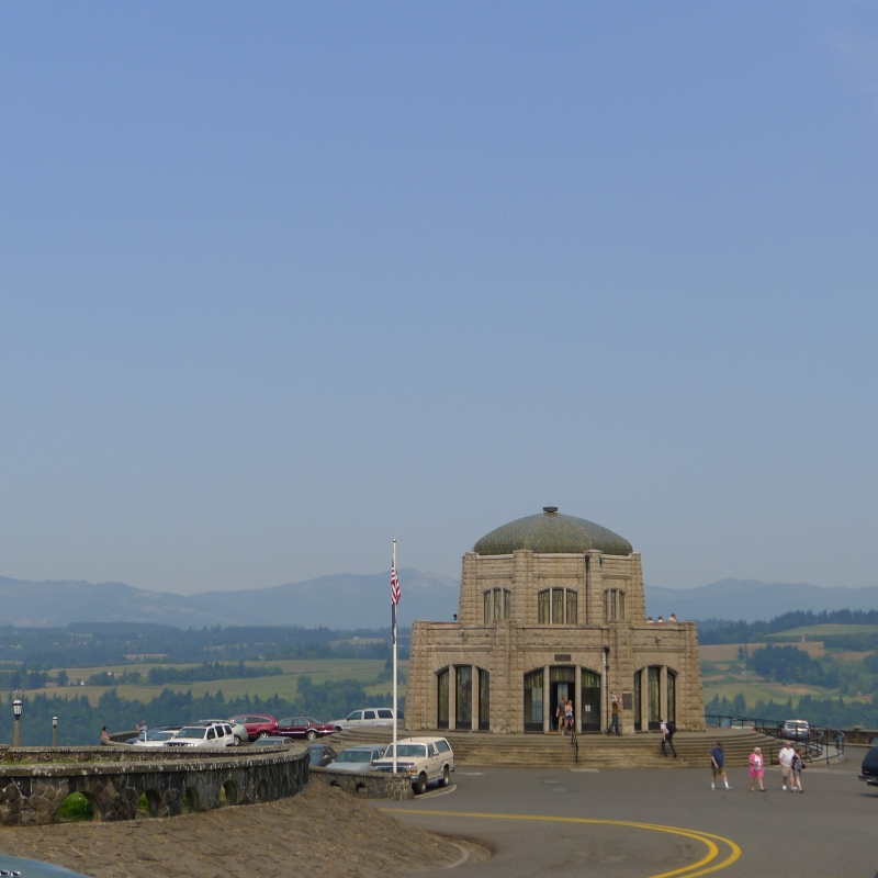 The Crown Point Vista House, built between 1916-1918 as a memorial to Oregon pioneers