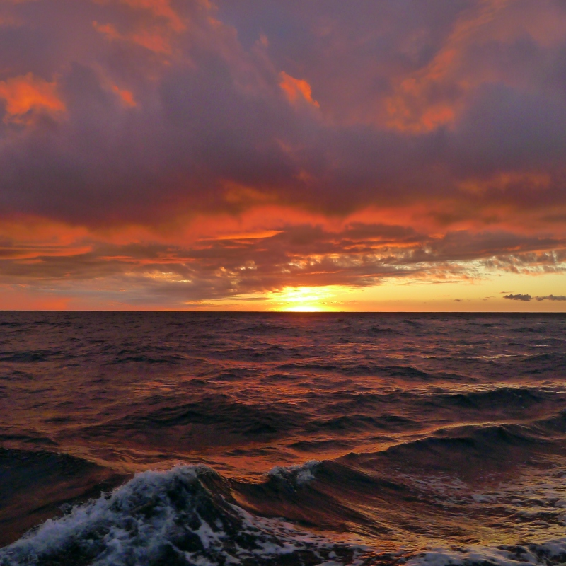 Amazing sunset on the Pacific Ocean