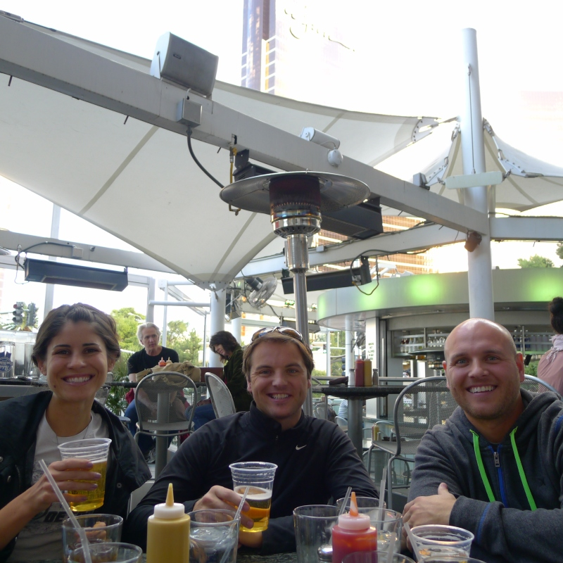 A late lunchtime beer at Strip Burger (just across from our hotel)