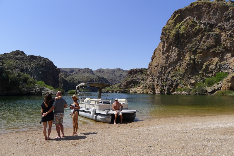 Pulled up for lunch on the beach at Saguaro Lake