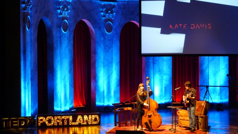 AWESOME young jazz singer, Kate Davis