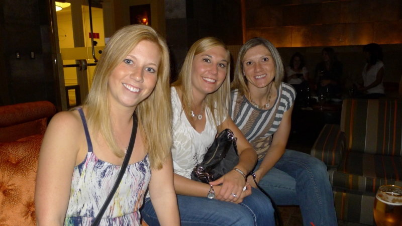 Shelly, Ashley and Jenny at Bar Oxygen in Midland