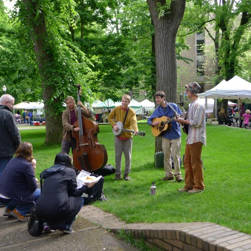 Surprisingly good band at the Portland Farmers Market at PSU
