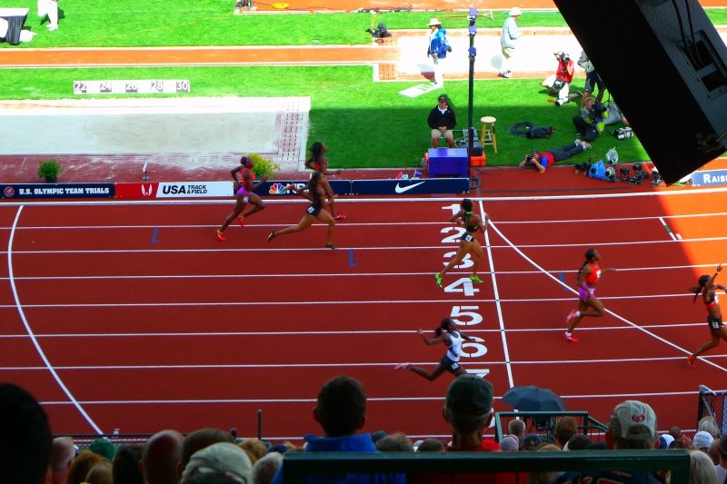 The finishers of the women's 400m dash