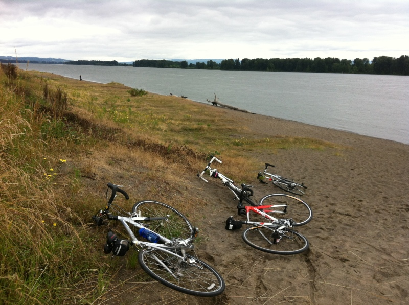 Quick rest at the Sauvie Island beach