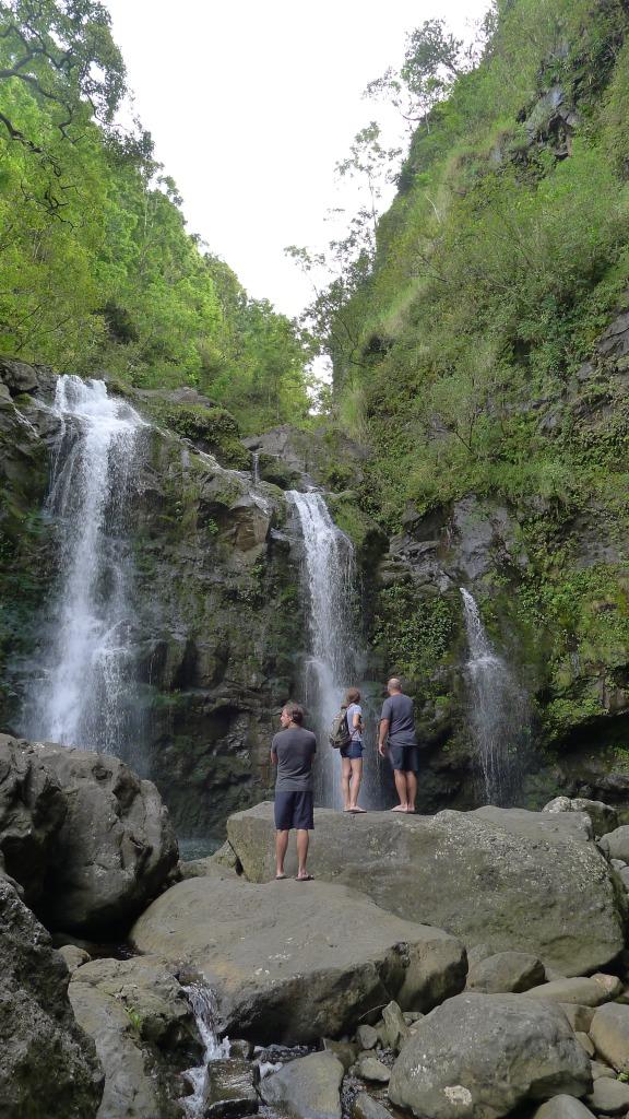 A stop at Upper Waikani Falls