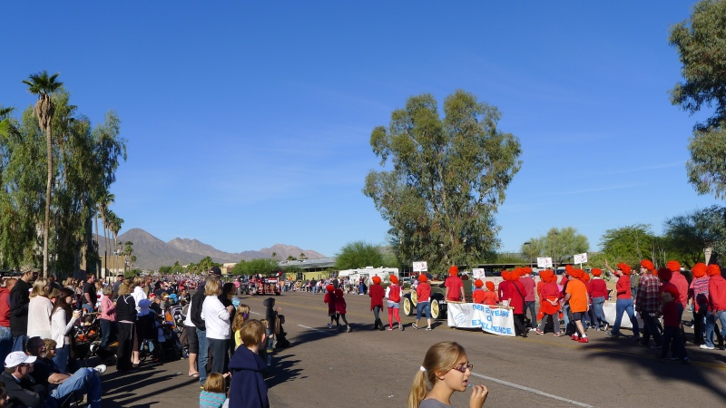 A gorgeous morning for the Fountain Hills Thanksgiving Day Parade