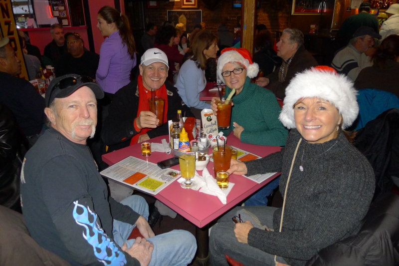 Vivio's crowd: Uncle Ric, Bob, Aunt Sue and Aunt Ginny