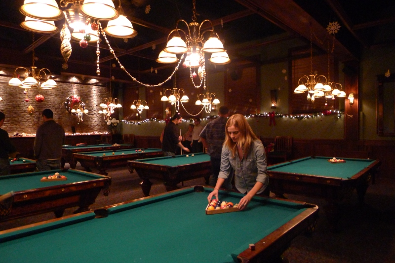 Lindsay racking the balls at Uptown Billiards