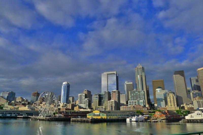 Hello, pretty city!