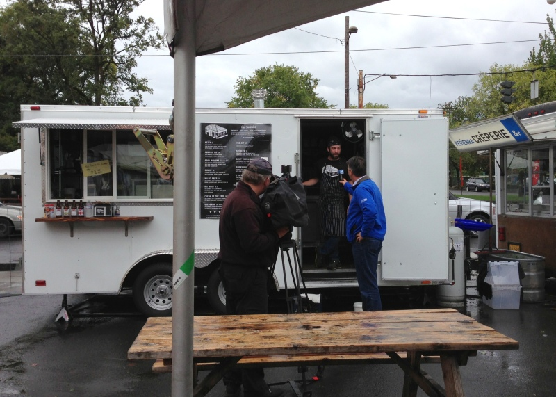 One food cart owner getting his 15 minutes of fame during the power outage