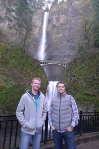 A quick detour to Multnomah Falls